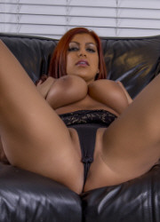 Briana Lee Extreme Both Holes - Picture 10