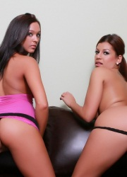 Briana Lee Extreme Fucked With Dildo - Picture 9