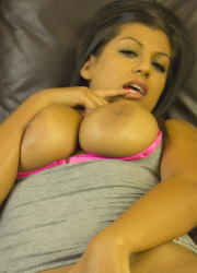 Briana Lee Extreme Vibrating Cock - Picture 11